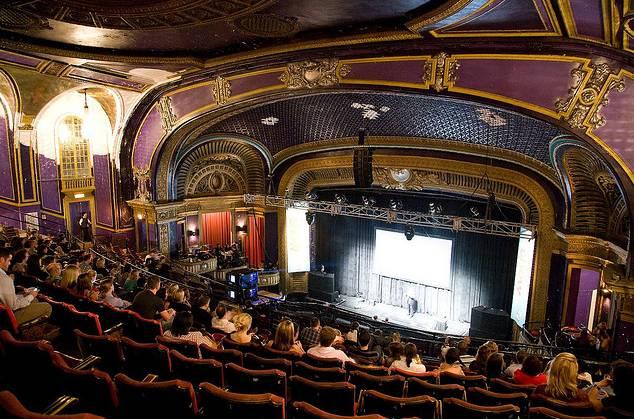 Riviera Theatre Chicago Music